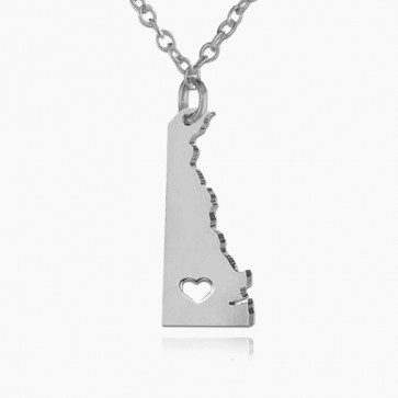 Personalized Delaware State USA Map Necklace in Sterling Silver