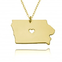 Personalized Iowa State USA Map Necklace With Heart & Name in Gold Plated